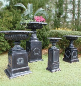 Urns & Planters