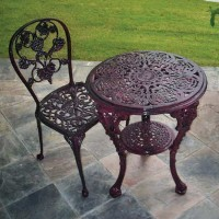 robinson_iron_ecommerce_grape_chair_tasting_table
